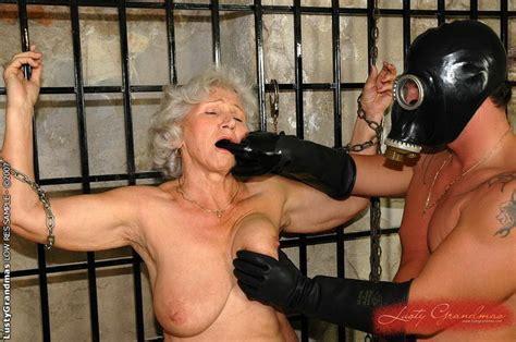 Grandma bondage porn videos jpg 700x465