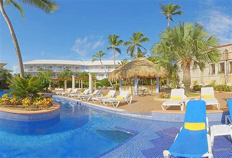 adult carribean all inclusive jpg 820x560