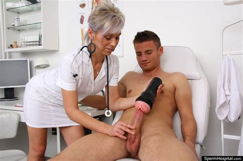 nurse helping with sperm sample jpg 2000x1333
