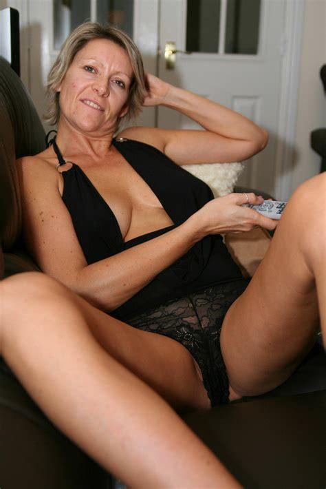 Naken busty ryska kvinna jpg 683x1024
