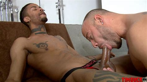 Black men sucking dick, porn jpg 810x456